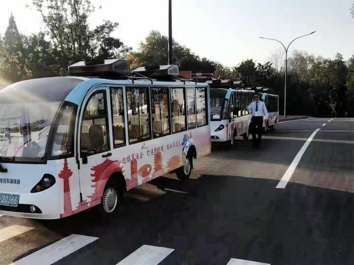 武汉军运会交通运输车